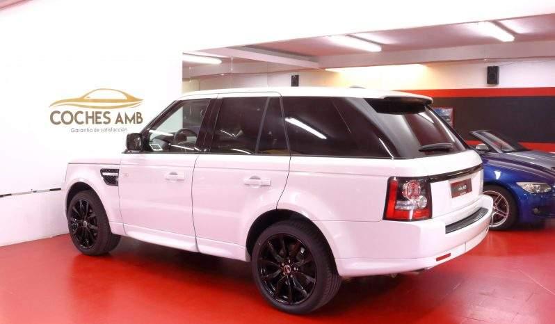 Range Rover lleno