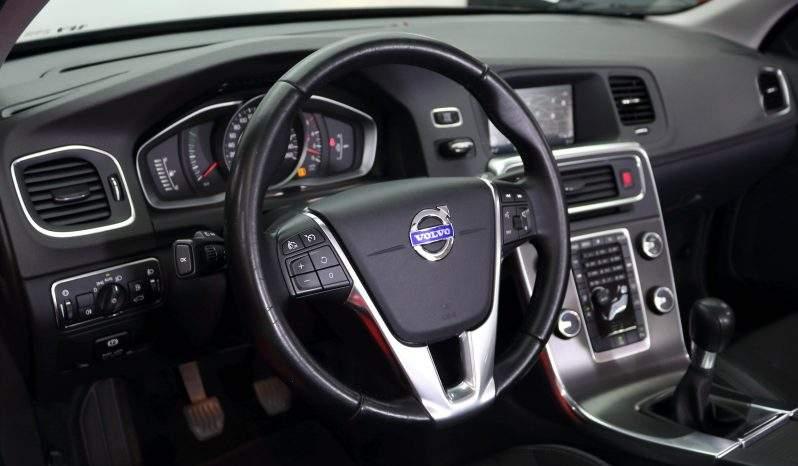 Volvo V60 D2 Momentum lleno