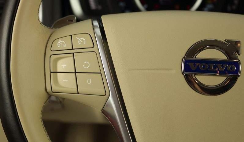 VOLVO V60 2.0D AUT. RDESIGN lleno