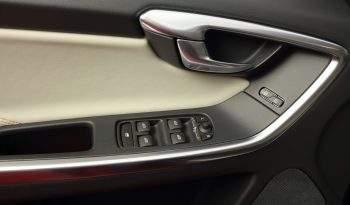 VOLVO XC60 2.0 D3 RDesign Momentum Auto 5p. lleno